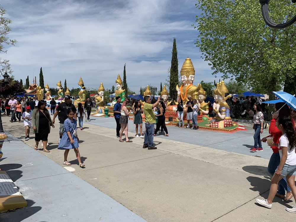 Wat Dhammararam Buddhist Temple: 3732 E Carpenter Rd, Stockton, CA