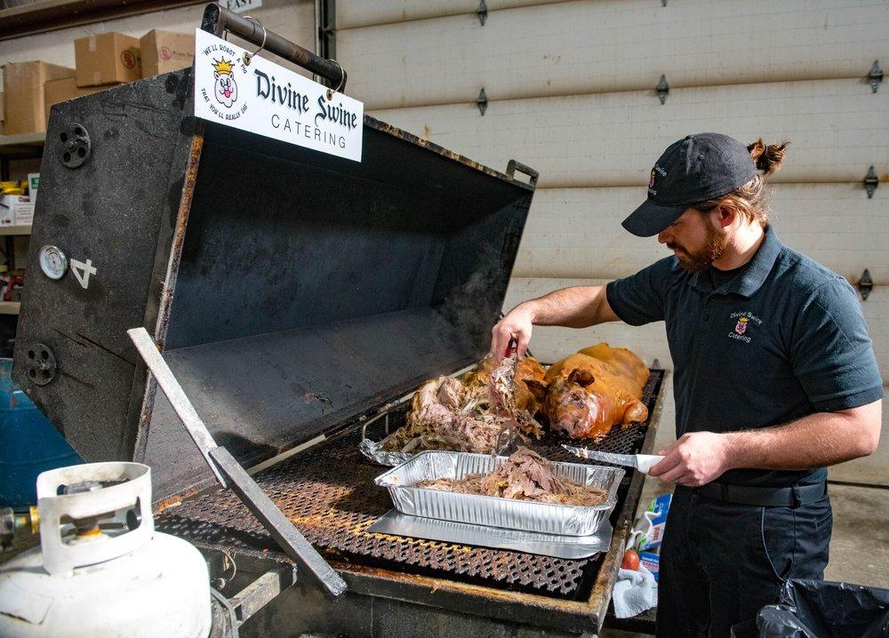 Divine Swine Catering: 23840 Pillsbury Ave, Lakeville, MN