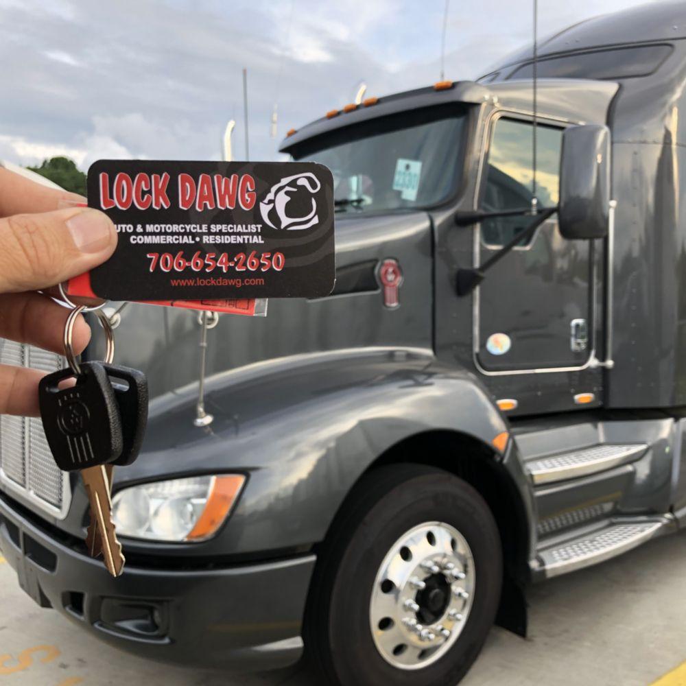 Lock Dawg: Hoschton, GA