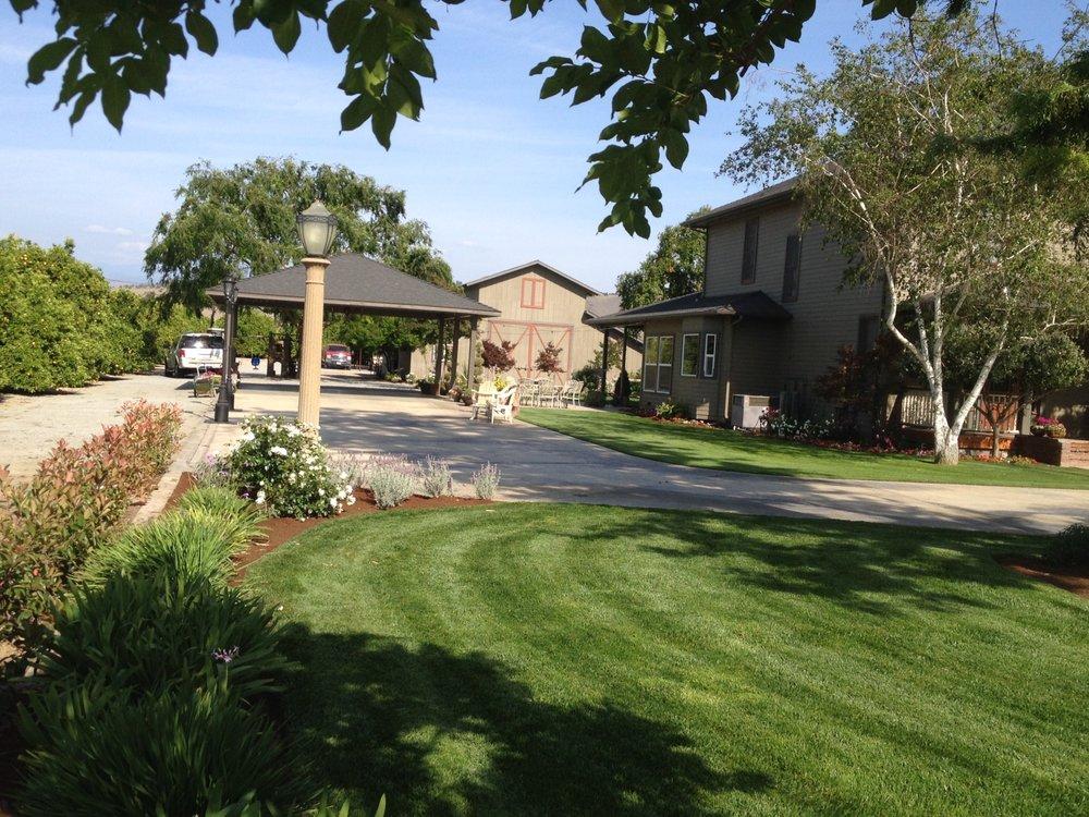 Silvas Landscaping Co: Ivanhoe, CA