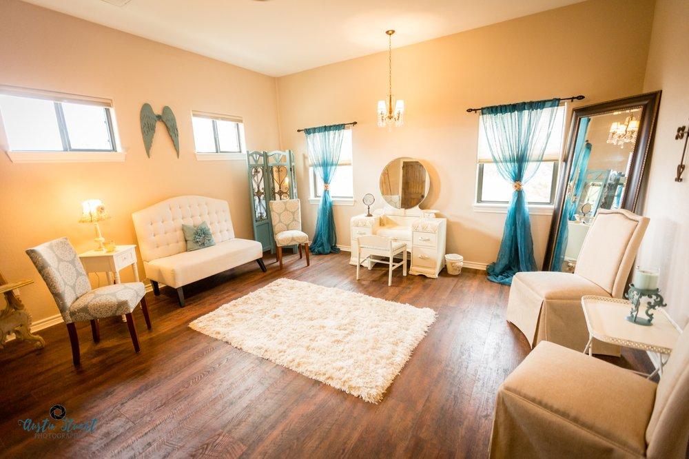 Angel Mountain Events: 178 Pine Tree Lp, Bastrop, TX