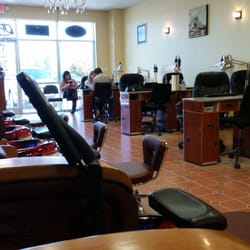 Vt nails nail salons 7737 good middling dr for 777 nail salon fayetteville nc