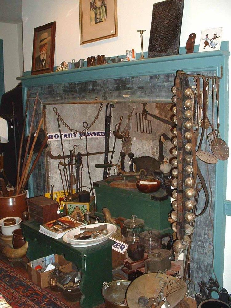 Allen's Antiques: 666 Easton Rd, Riegelsville, PA