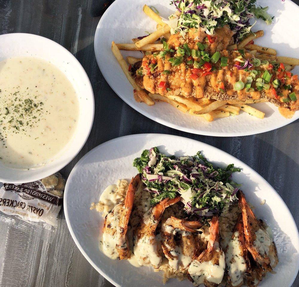 California Fish Grill: 153C Serramonte Ctr, Daly City, CA
