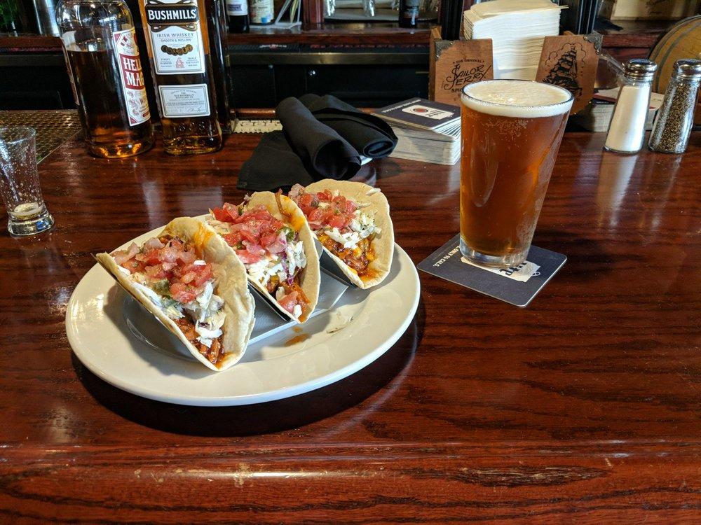 Black Cow Fat Pig Pub and Steak: 702 W Norfolk Ave, Norfolk, NE