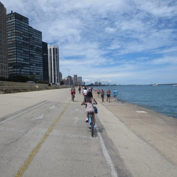 Photo Of Oak Street Beach Chicago Il United States Lakefront Trail Facing