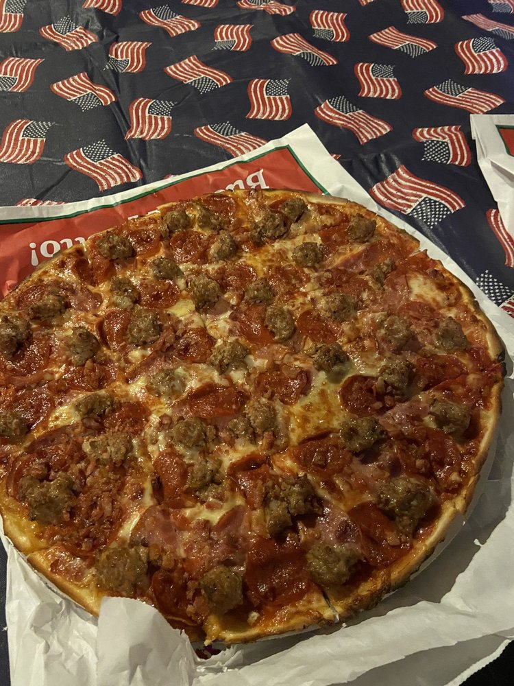 Little Giant Pizza: 2418 Saint Lawerence Ave, Long Beach, IN