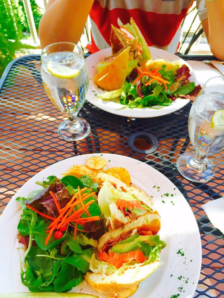 Blue Moon Cafe Pine Grove
