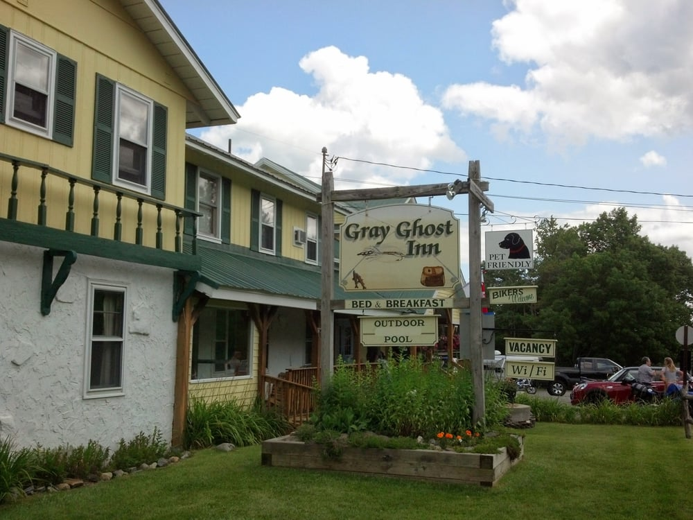 The Gray Ghost Inn 10 Photos Amp 14 Reviews Bed