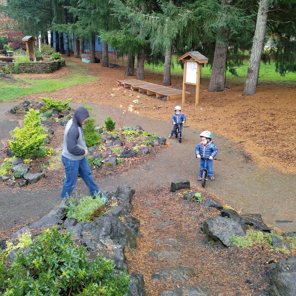 Discovery Garden: 101-433 River Forks Park Rd, Roseburg, OR