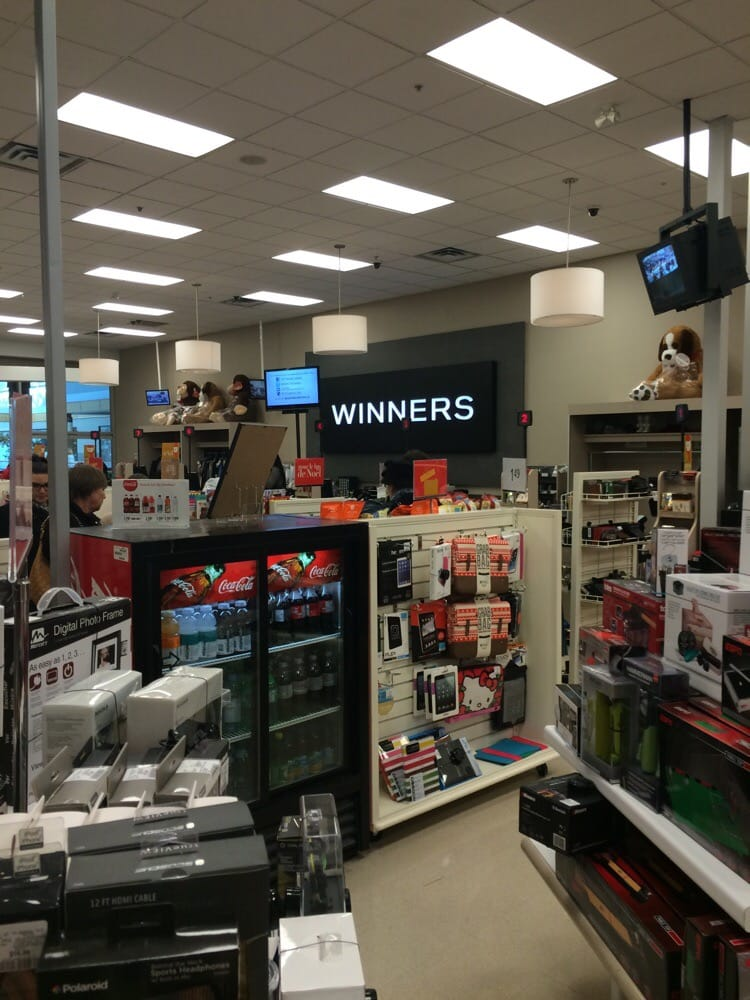 Winners homesense home decor 6801 route for Canadian home decor stores