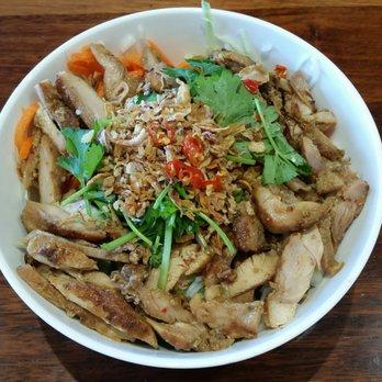 Photo Of Lucky Vietnamese Roll Somerton Park South Australia Australia Lemongrass Chicken Noodle