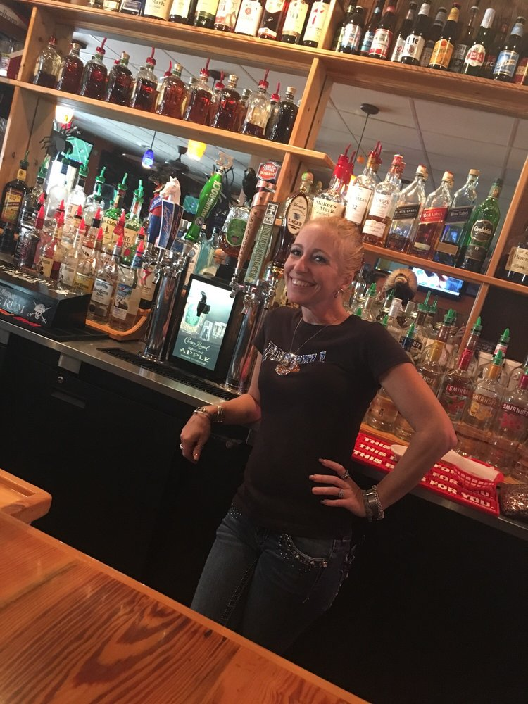 The Mustang Grill and Bar: 13232 SW State Rd 45, Archer, FL
