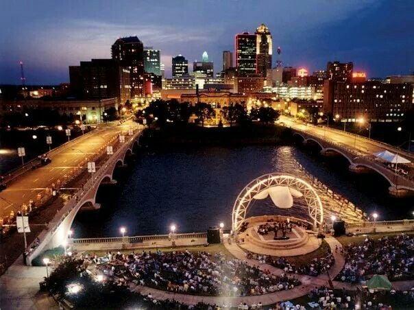 Simon Estes Riverfront Amphitheater: Des Moines Parks And Recreation, Des Moines, IA