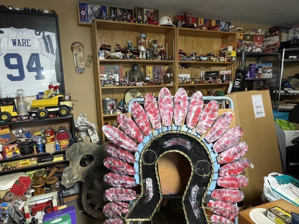 Amigas Burritos & More: 808 Cowboy Way, Plains, TX