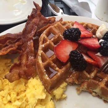 Lazy Daisy Cafe Santa Monica Ca