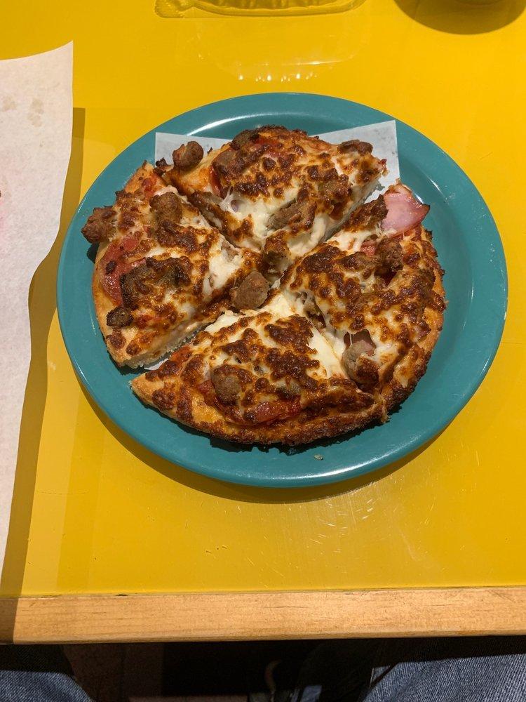 Pizza 9: 819 N Riverside Dr, Española, NM