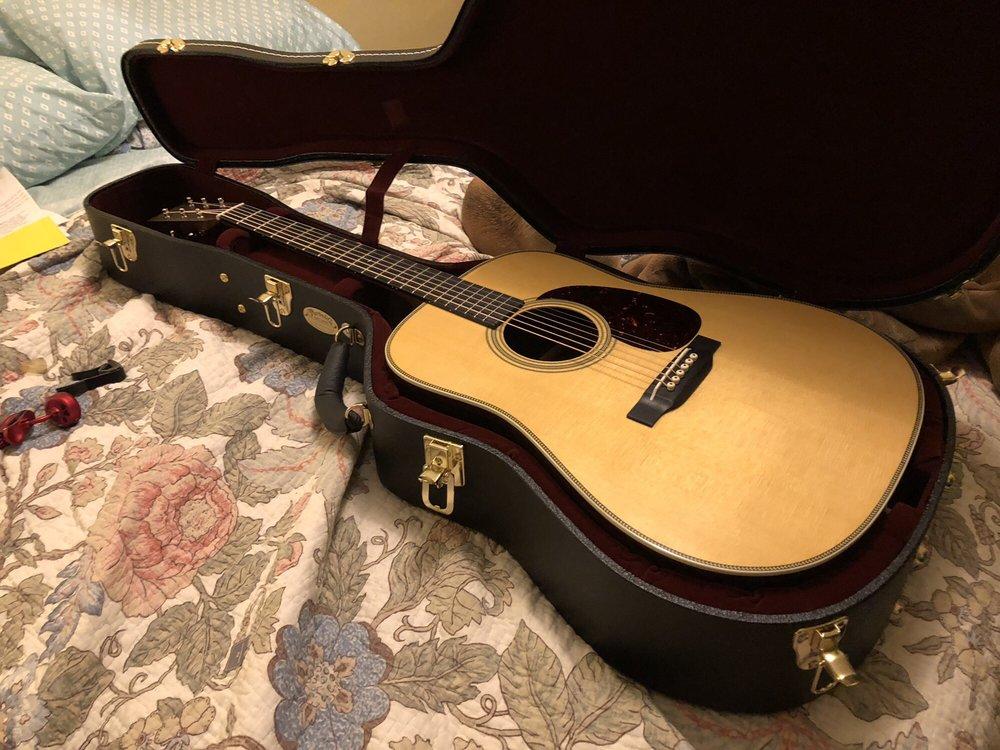 Martin Guitar: 510 Sycamore St, Nazareth, PA