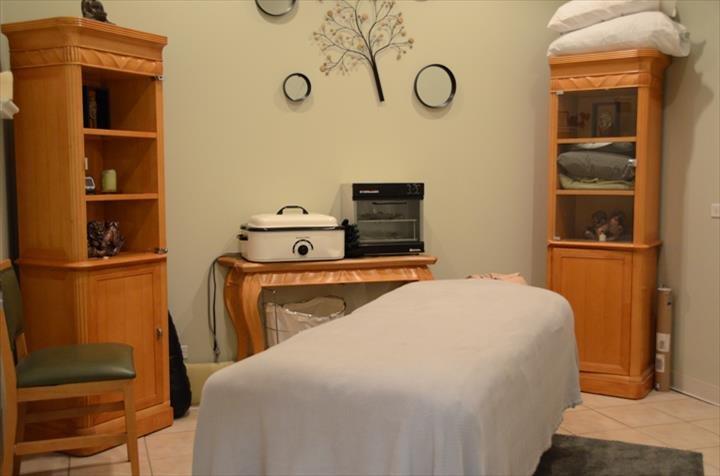 Aura Bella Salon & Day Spa: 20491 S La Grange Rd, Frankfort, IL