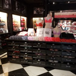 f1b2878653 Victoria s Secret - 20 Photos   61 Reviews - Lingerie - 1 Southland ...