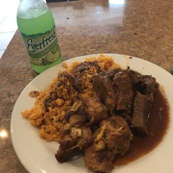 Los Hermanos Dominican Food Restaurant