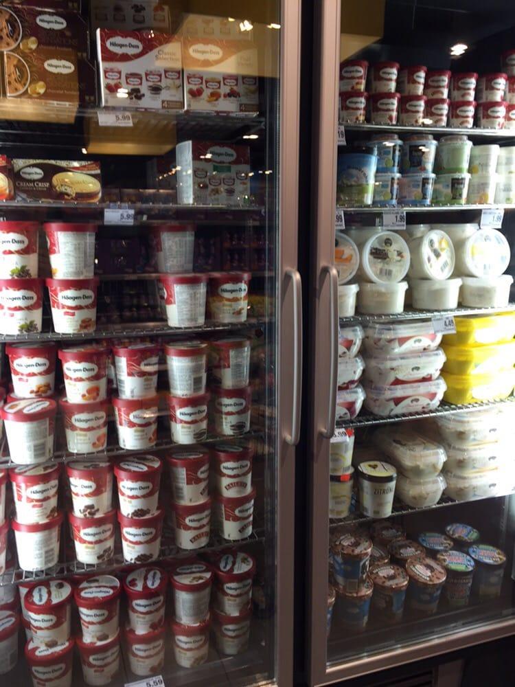 Nettes MILF Lebensmittelgeschäft