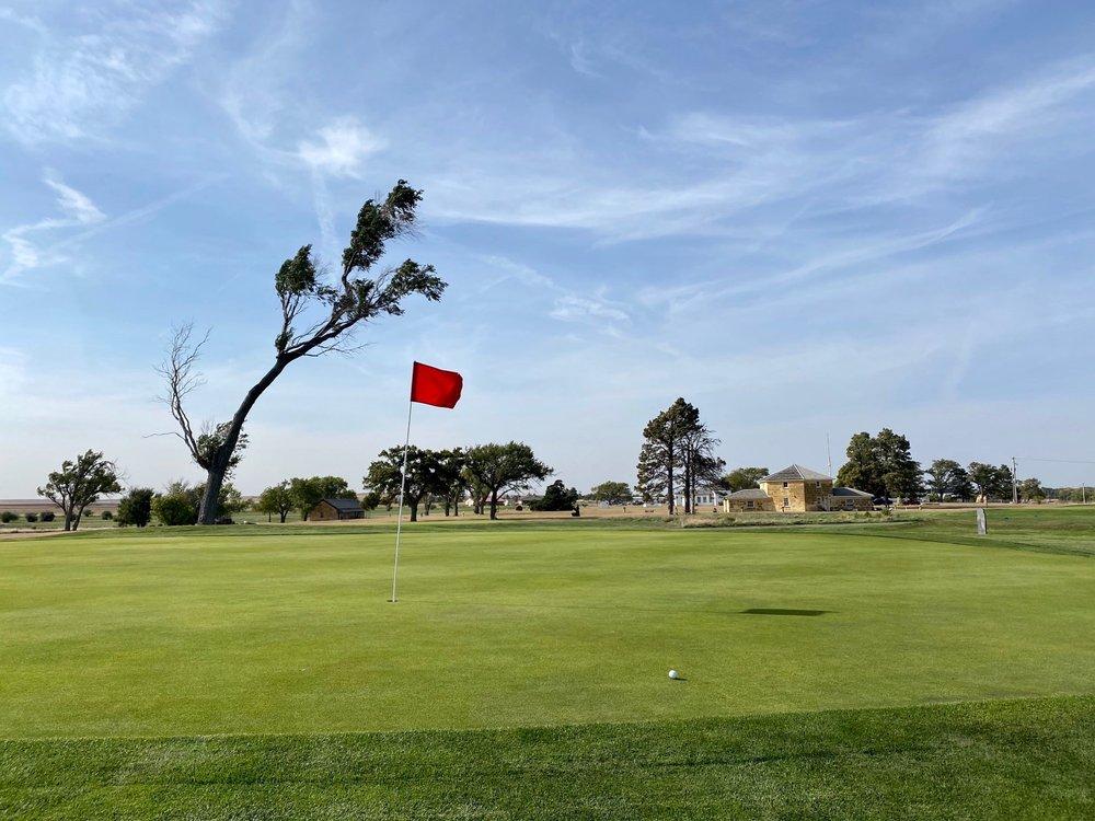 Fort Hays Municipal Golf Course: 1450 Golf Course Rd, Hays, KS