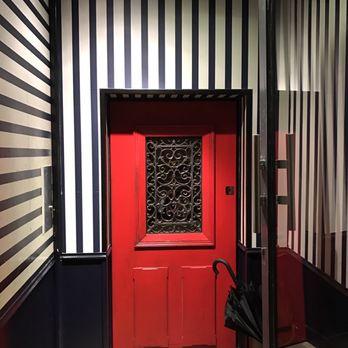 little red door 193 photos 141 reviews cocktail bars. Black Bedroom Furniture Sets. Home Design Ideas