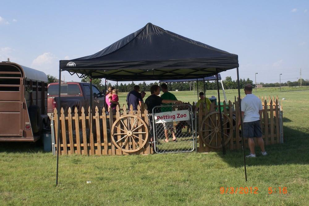 Four Points Ranch Entertainment: 2900 SW 80th St, Augusta, KS