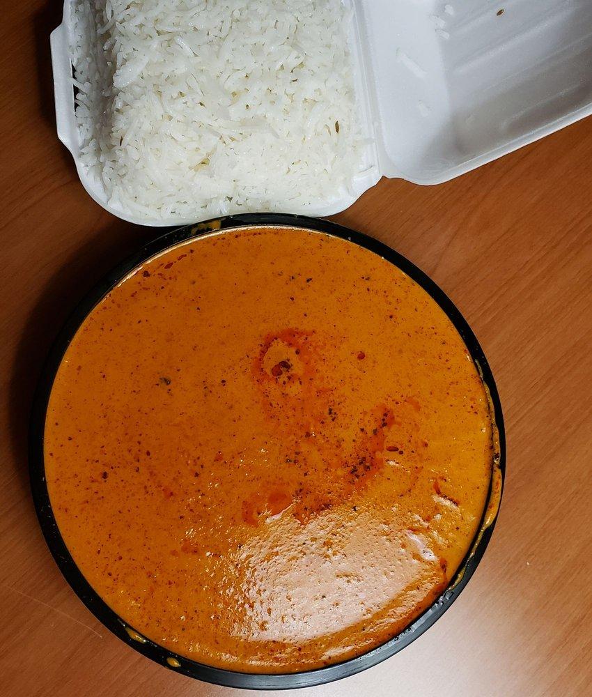 Tandoori Taste of India: 9733 Tecumseh Road, Windsor, ON