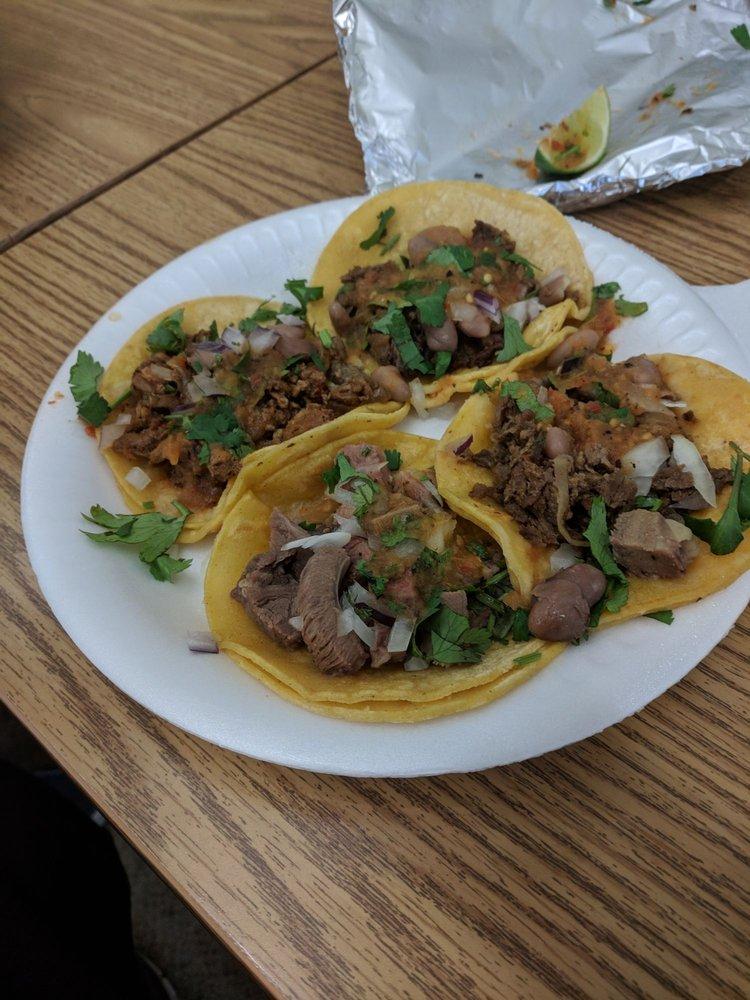 """Tacos """"El Milagro"""" Taco Truck: 1354-1388 Azuar Dr, Vallejo, CA"""