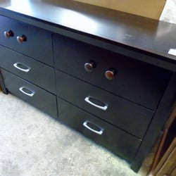 Hope furnishings 32 photos 18 reviews thrift stores for Bedroom furniture 98409
