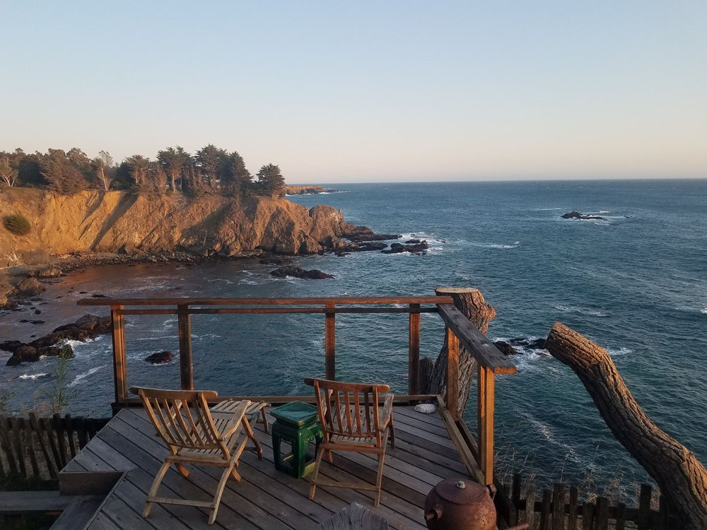 Cabin 5 On The Bluff: 36100 Highway 1 S, Gualala, CA