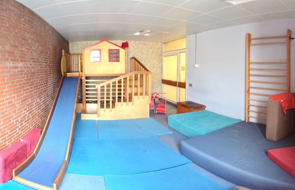elternschule eimsb ttel 10 fotos kinderbetreuung eimsb ttel hamburg beitr ge yelp. Black Bedroom Furniture Sets. Home Design Ideas