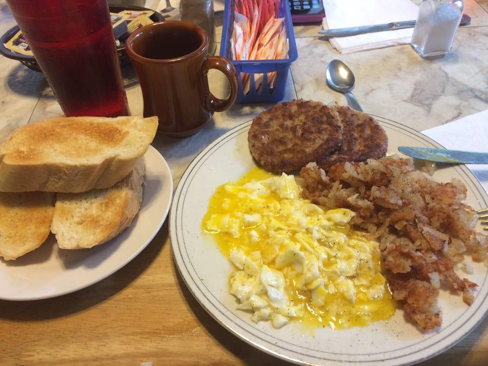 Maryanne's Breakfast & Lunch: 1460 Island Ave, McKees Rocks, PA