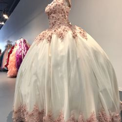 Wedding dresses in Monterey Park