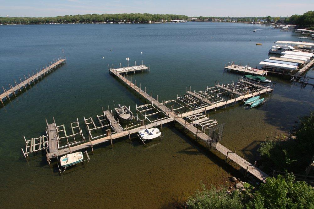 West Oaks Resorts: 25 Lake Shore Dr, Arnolds Park, IA
