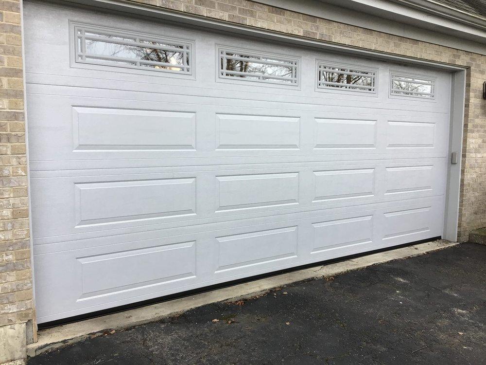 Overhead Garage Door: 34691 N Wilson Rd, Ingleside, IL