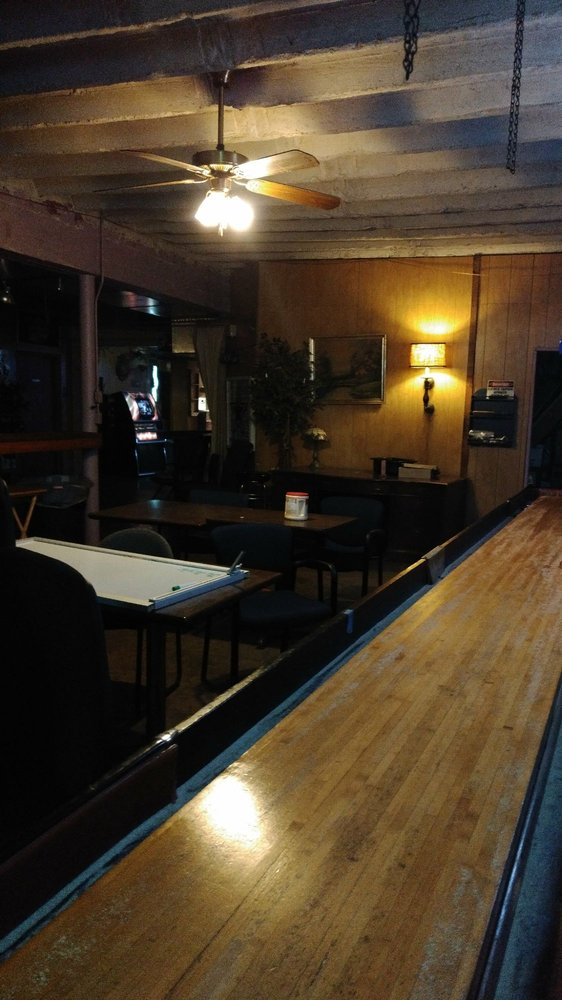 Longbranch Saloon: 817 N Main St, Boerne, TX