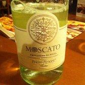 Olive garden italian restaurant 96 photos 47 reviews italian 7778 winchester rd forest for Castello del poggio moscato olive garden