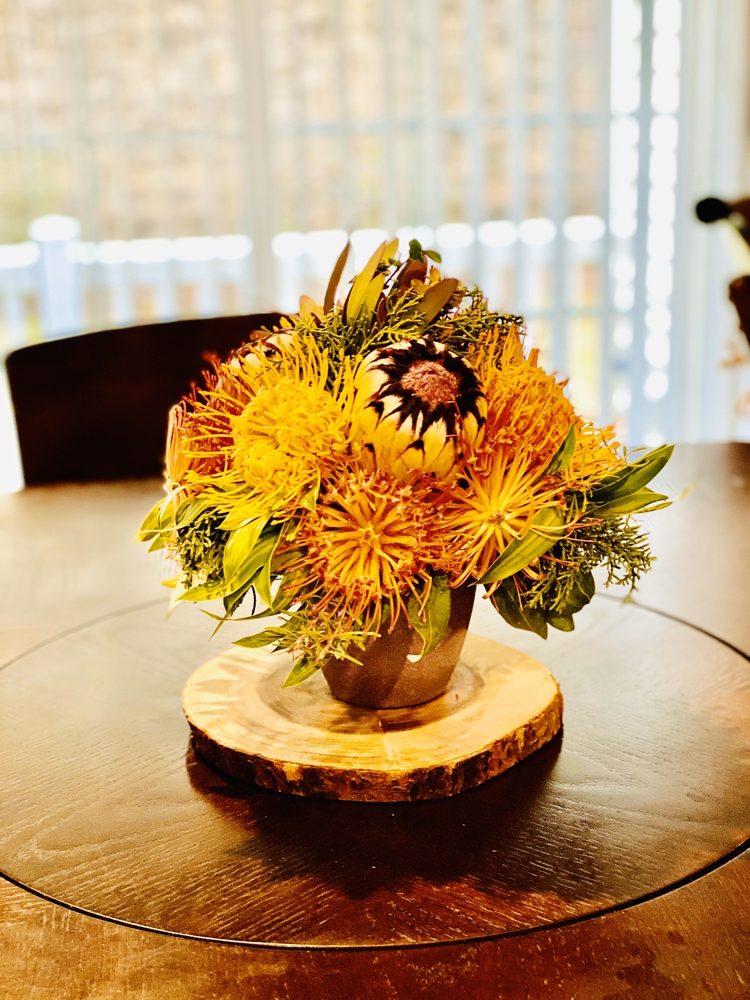 Anuhea Flowers: 830 Olinda Rd, Makawao, HI