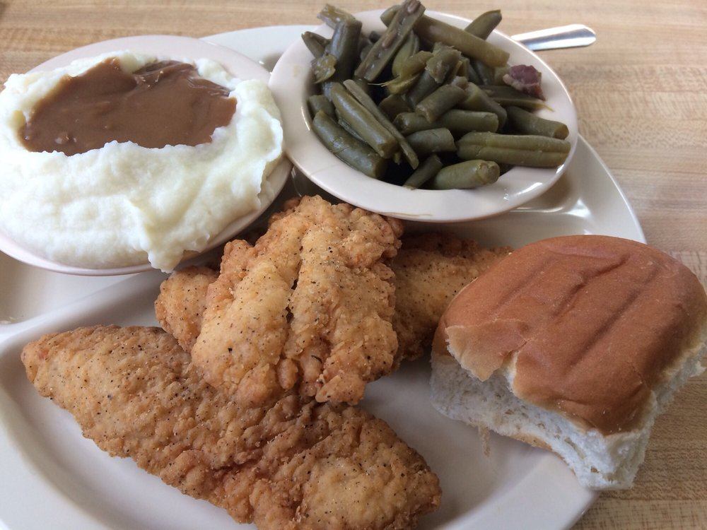 Spake Drive-In & Restaurant: 440 US Hwy 221A, Forest City, NC