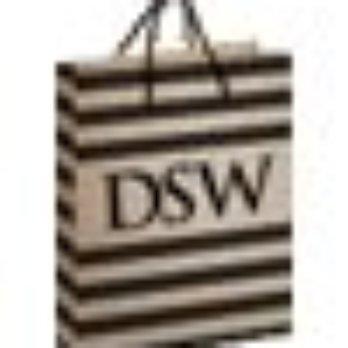 Dsw Designer Shoe Warehouse 16 Photos 19 Reviews Shoe Stores 1200 Polaris Pkwy Polaris