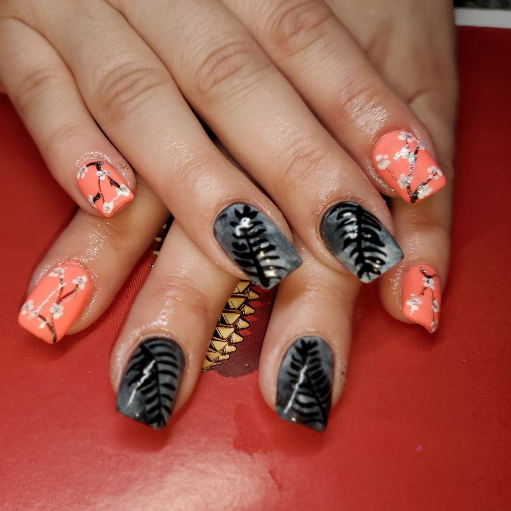 Stella nails & spa: 113 6th Ave SE, Watford City, ND