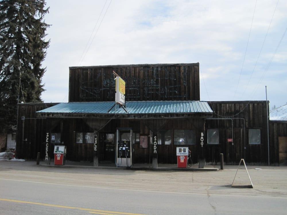 The Carlton General Store: 2256 State Rte 153, Carlton, WA