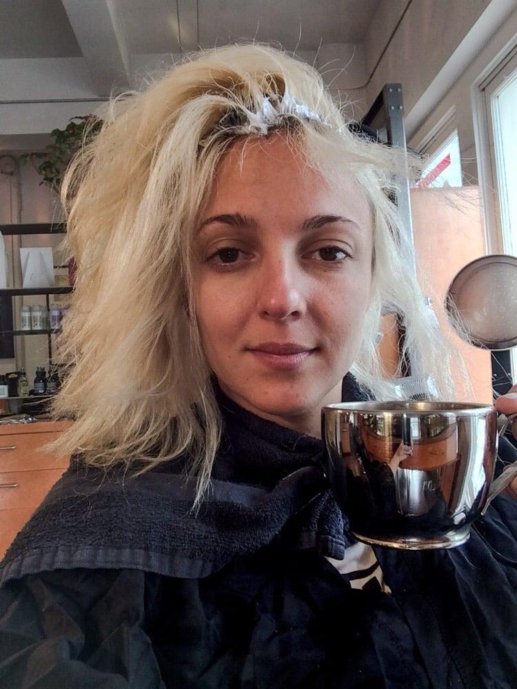 Au top coiffure 16 photos 55 avis coiffeurs salons for Samantha oups au salon de coiffure