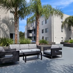 Canyon Crest - 20 Photos & 25 Reviews - Apartments - 23639 Newhall ...