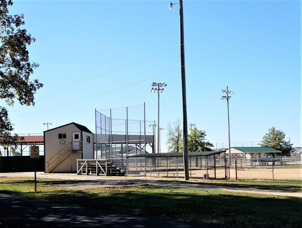 Odon Park: 312 Park St, Odon, IN