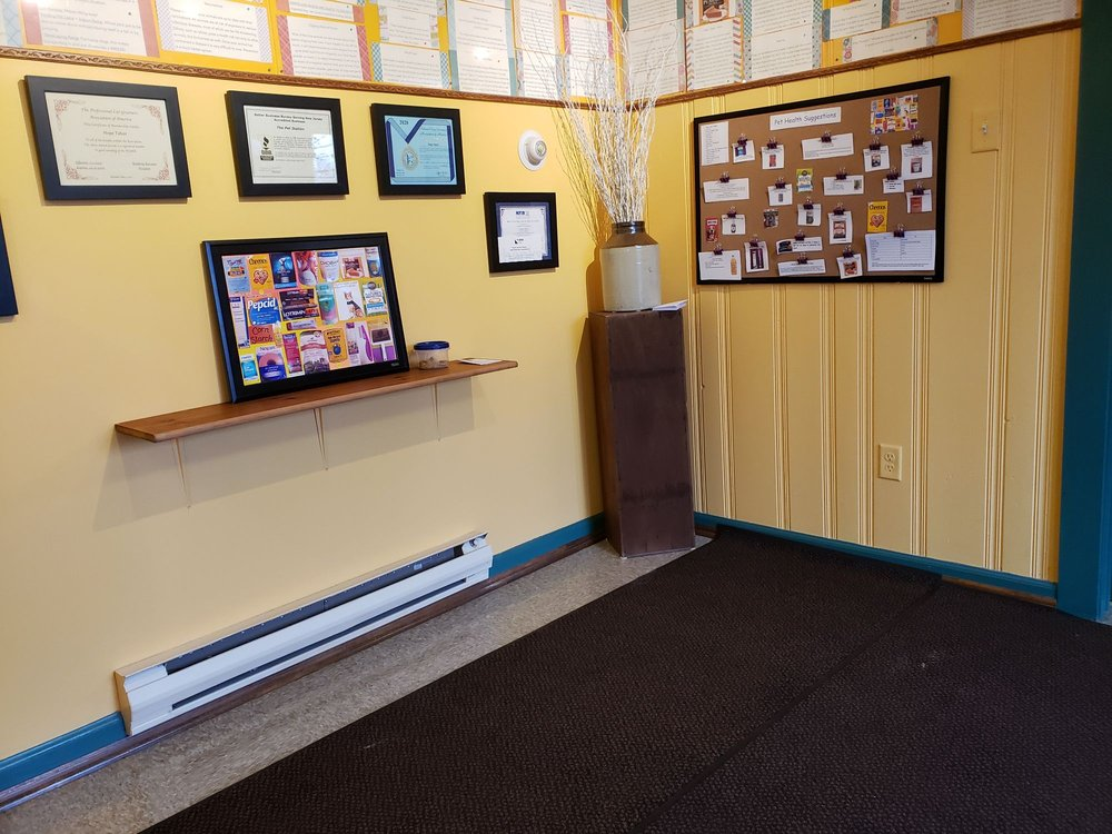 The Pet Station: 2457 Rte 206, Belle Mead, NJ