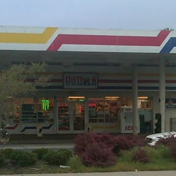 On the go mart closed convenience stores 7051 south for Starmount motors south blvd